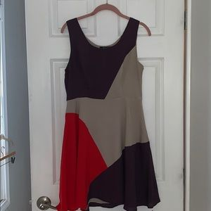 Boutique monteau fit/flare geometric dress Large